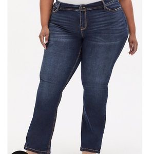 Torrid Relaxed Boot Jean Medium/Dark Wash 18 tall